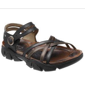 Keens Naples Leather Sandals Black Brown 8.5